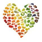 Heart shape made up of fruits and vegetables